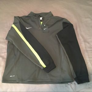 NIKE 1/4 Zip Dri-Fit pullover - Boys XL - NWT